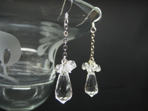 Large,Clear,Teardrops,Earrings,clear crystal earrings, teardrop earrings, long dangle earrings, clear dangle earrings
