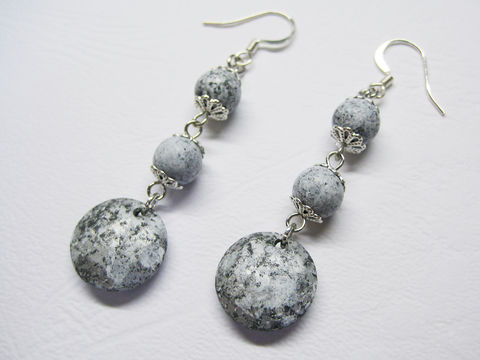 Marbel,Pattern,Dangle,Earrings,marbel earrings, round marbel earrings, marbel pattern, marbel texture, gray dangle earrings, gray earrings, gray beaded earrings