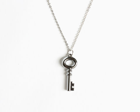 Snow's,Small,Key,Necklace,(OUAT),once upon a time snow necklace, ouat necklace, ouat snow white necklace, silver key necklace, small silver key necklace, small key necklace, once upon a time snow jewelry