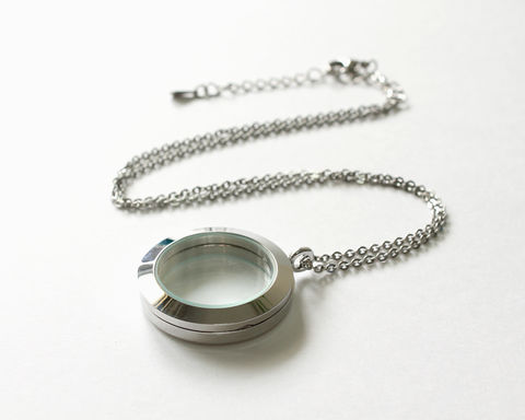 Large Round Floating Locket (Memory Locket) - product images  of