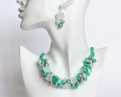 Turquoise,Gray,White,Cluster,Necklace,and,Earrings,Set,turquoise bridesmaid necklace, turquoise pearl necklace, turquoise gray white necklace, turquoise bridesmaid jewelry set, turquoise white flower necklace, bridesmaid jewelry set, bridesmaid necklace earrings set