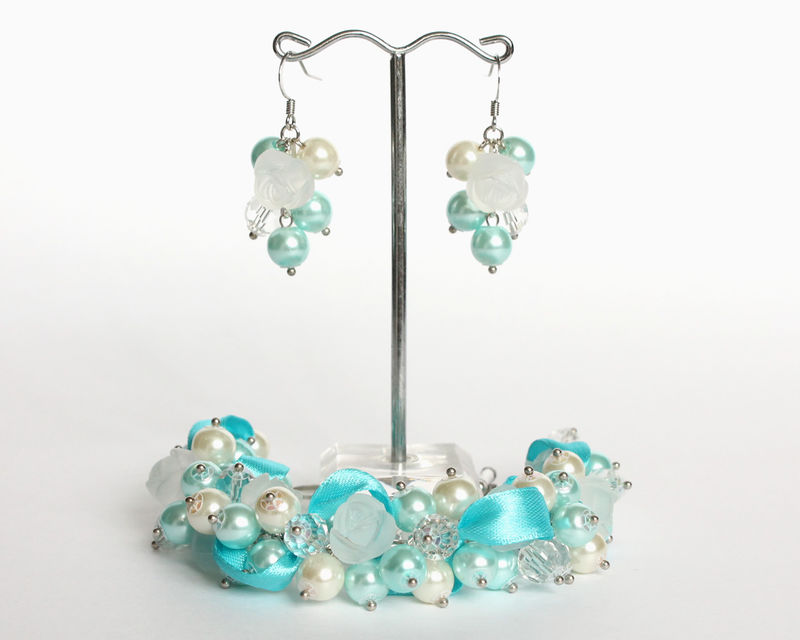 Icy Blue Frosty Rose Cluster Bracelet and Earrings Set - product images  of