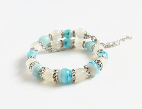 Cloudy,White,Blue,Lampwork,Memory,Wire,Bangle,Bracelet,memory wire bangle, cloud bead bracelet, blue white bracelet, blue white bangle, blue white rhinestone bangle bracelet, sky and cloud bracelet, rhinestone bracelet