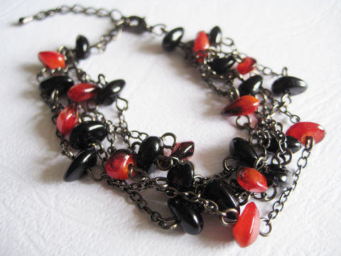 Black,and,Red,Mini,Stone,Beads,Multistrand,Bracelet,black red bracelet, black multistrand bracelet, mini stone bracelet, mini beads bracelet, black beaded bracelet