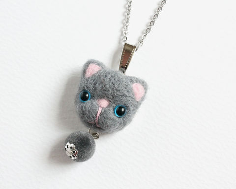 Needle,Felted,Blue,Eye,Gray,Cat,Necklace,or,Brooch,Ring,Shawl,Pin,gray cat necklace, needle felted cat necklace, blue eye gray cat, felted cat brooch, gray cat brooch, gray cat ring, blue eye cat necklace, needle felted gray cat jewelry