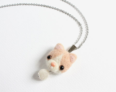 Needle,Felted,Cream,Cat,Necklace,or,Brooch,Ring,Shawl,Pin,needle felted cream cat, needle felted cat, cream colored cat, cream white cat, needle felted creamy white cat, cream cat necklace, cream cat brooch, creamy white cat brooch