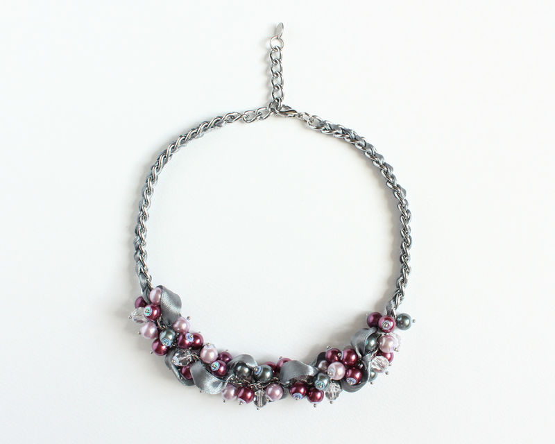 Red-Violet, Mauve and Gray Cluster Necklace and Earrings Set - product images  of