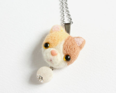 Needle,Felted,Pastel,Calico,Cat,Necklace,or,Brooch,Ring,Shawl,Pin,needle felted calico cat, needle felted cat, calico cat jewelry, calico cat necklace, calico cat brooch, calico cat ring, wool cat jewelry, needle felted cat brooch