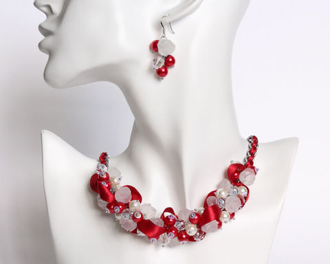 Red,White,Rose,Cluster,Necklace,and,Earrings,Set,red white cluster necklace set, red white pearl necklace, red white bridesmaid necklace, red white bridesmaid jewelry, red white rose beaded necklace, bright red white cluster jewelry set