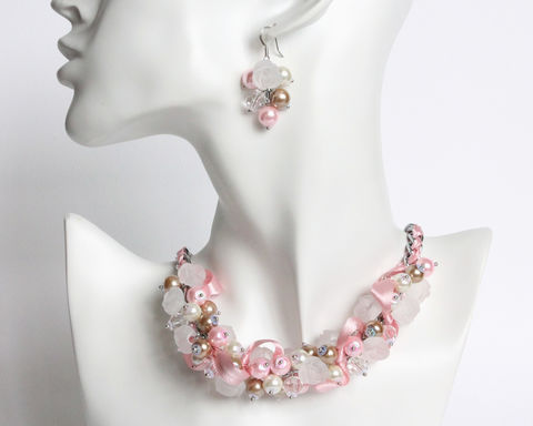Pink,Camel,White,Bridesmaid,Cluster,Necklace,and,Earrings,Set,pink camel white bridesmaid necklace, pink brown white necklace, pink camel bridesmaid jewelry set, pink brown bridesmaid jewelry set, pink pearl ribbon necklace, pink brown white pearl cluster necklace