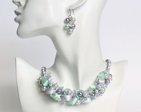 Lavender,Mint,Pearl,Cluster,Necklace,and,Earrings,Set,lavender mint pearl cluster necklace, lavender mint pearl necklace, lavender mint necklace, purple green pearl necklace, purple green necklace, lavender bridesmaid necklace, bridesmaid pearl jewelry set
