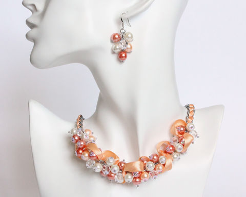 Peach,Orange,White,Bridesmaid,Cluster,Necklace,and,Earrings,Set,peach orange white bridesmaid necklace and earrings set, peach orange bridesmaid jewelry, peach pearl bridesmaid, apricot orange white bridesmaid, light orange white bridesmaid necklace, peach pearl cluster necklace, peach coral white necklace