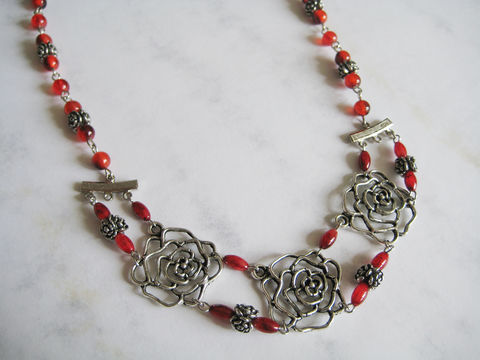Metal,Rose,Long,Necklace,metal rose long necklace, rose outline necklace, silver rose necklace, red rose necklace, rose diecut necklace