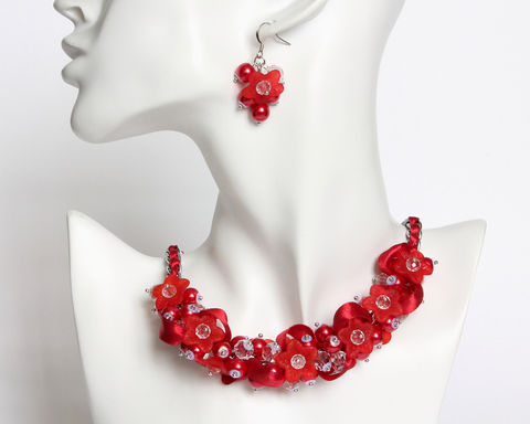 Red,Flower,Bridesmaid,Cluster,Necklace,and,Earrings,Set,red cluster necklace, red bridesmaid necklace, crimson red necklace, red pearl necklace, red flower necklace, red ribbon necklace, crimson bridesmaid, crimson jewelry set