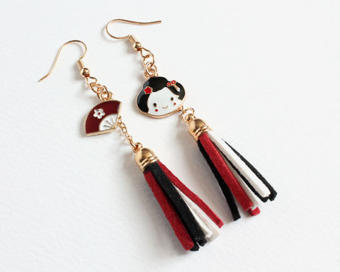 Japan,Geisha,and,Hand,Fan,Earrings,japan geisha and fan earrings, japanese geisha earrings, japanese fan earrings, geisha fan earrings, red white black earrings, red white tassel earrings, japanese red white earrings