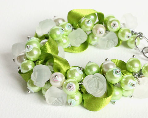 Lime,Green,White,Rose,Cluster,Bracelet,and,Earrings,Set,green bridesmaid bracelet, Lime Green Cluster Bracelet, lime green bracelet, light green bracelet, light green cluster bracelet, lime green jewelry set, light green jewelry set, green white bracelet, lime green bracelet earrings, green bridesmaid jewelry