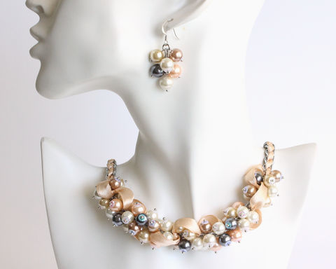 Natural,Pearl,Color,Cluster,Necklace,and,Earrings,Set,bridesmaid pearl necklace, bridesmaid cluster necklace, natural pearl necklace, natural pearl color, real pearl color necklace, natural pearl color jewelry set, assorted pearl color necklace