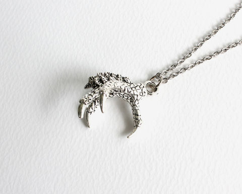 Dragon,Claw,Necklace,silver dragon claw necklace, dragon hand necklace, silver claw necklace, 3d dragon claw necklace, 3d claw necklace