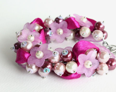 Red-Violet,and,Mauve,Flower,Cluster,Bracelet,Earrings,Set,bracelet earring, cluster bracelet, pearl bracelet, pearl cluster bracelet, flower cluster, violet pearl bracelet, purple bridesmaid bracelet, purple pearl bracelet, mauve, lavender, light purple bracelet, purple flower bracelet