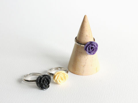 Small,Glittering,Rose,Ring,small rose ring, small flower ring, white rose ring, glitter rose ring, glitter flower ring, black rose ring, purple rose ring