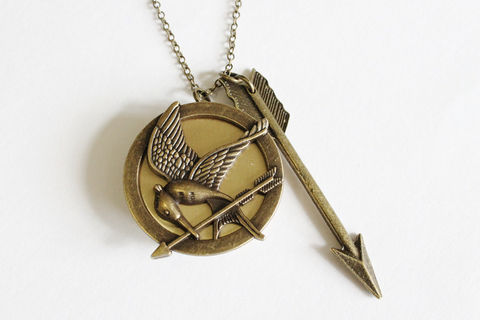 Mockingbird,Locket,with,Arrow,(CLEARANCE),mockingjay locket, mockingjay necklace, arrow necklace, arrow locket, arrow and bird locket, round bronze locket
