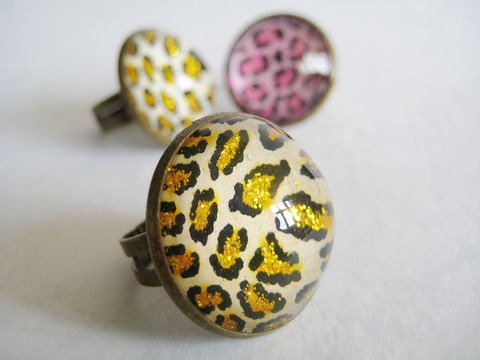 Leopard,Cocktail,Ring,in,Glitter,leopard ring, glitter ring, cocktail ring, pink leopard ring, large cocktail ring, large leopard ring, leopard pattern ring