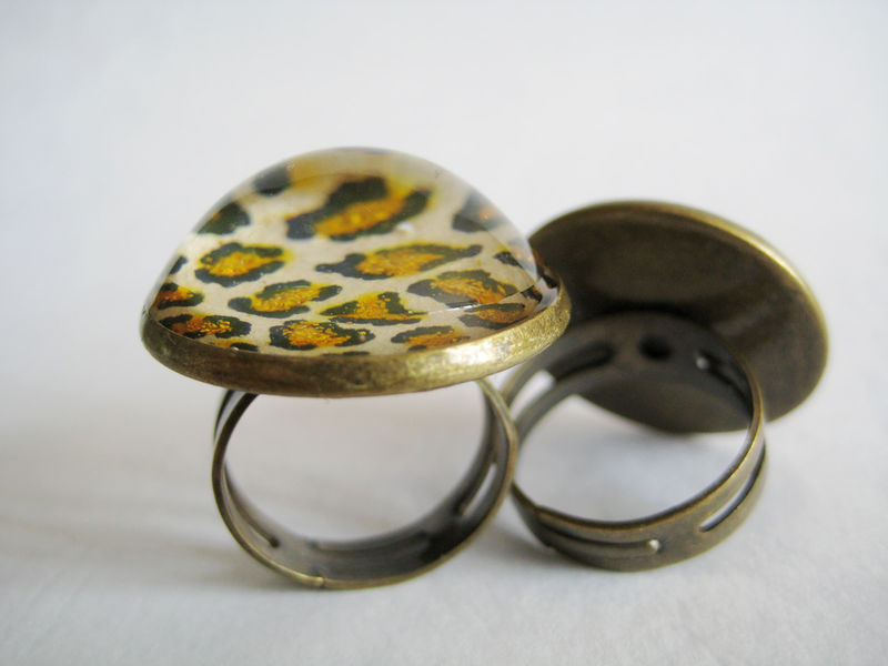 Leopard Cocktail Ring in Glitter - product images  of