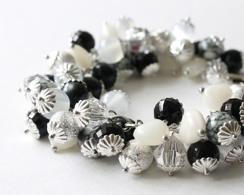 Black,and,White,Marble,Beads,Cluster,Bracelet,Earrings,Set,Cluster Bracelet, Black and White Bracelet