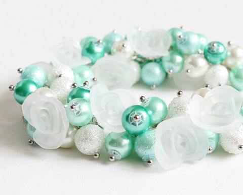 Mint,White,Aqua,Turquoise,Cluster,Bracelet,Earrings,Set,bracelet earring, cluster bracelet, pearl bracelet, pearl cluster bracelet, flower cluster, mint cluster bracelet, mint bracelet, mint pearl bracelet, mint green bracelet, mint jewelry set, aqua bracelet, light turquoise bracelet, mint white bracelet, min