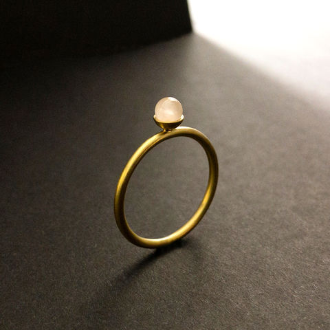 Konfetti,Ring,-,Rosenquarz,pastell,rosa, Solitär, Ring, Vorsteckring, stacking, feiner Ring, filigran, minimalistisch, Kugel, Kügelchenring, Schmuck, Regensburg, Goldschmiede, ring