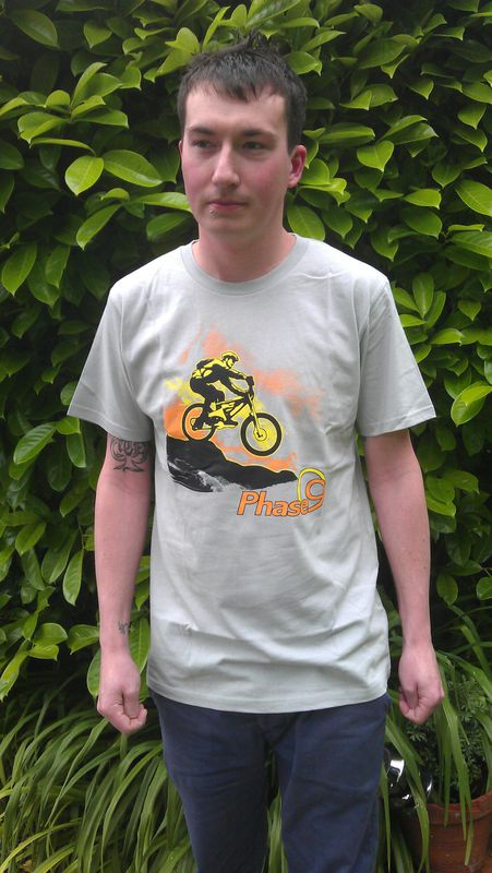 PHASE9 - BIKE - MEN'S ORGANIC T-SHIRT - LIGHT GREY - product images  of