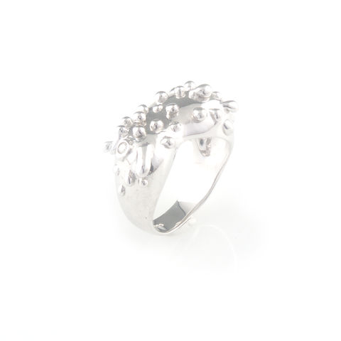 Silver,ring,with,diamond,silver jewellery, contemporary jewellery, ring, diamond