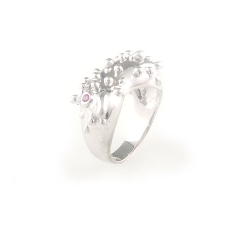 Silver,ring,with,ruby,silver jewellery, contemporary jewellery, ring, diamond