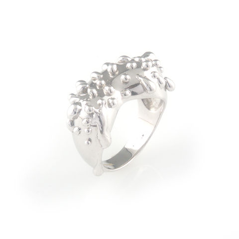 Silver,ring,with,silver,droplets,silver jewellery, contemporary jewellery, ring,