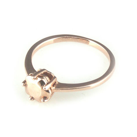 'Daimond,Temptation',-,9ct,rose,gold,round,cut,diamond,ring,silver jewellery, contemporary jewellery, ring, diamond shaped