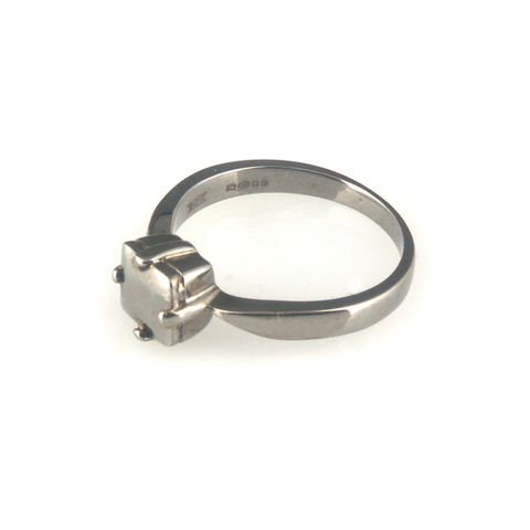 'Diamond,Temptation',-,black,silver,princess,cut,diamond,shaped,ring,silver jewellery, contemporary jewellery, ring