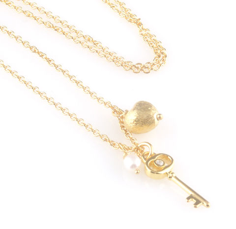 'Key,to,your,heart',-,gold,small,key,necklace,with,heart,and,pearl,silver jewellery, contemporary jewellery, necklace, pendant, gold key, gold heart, pearl