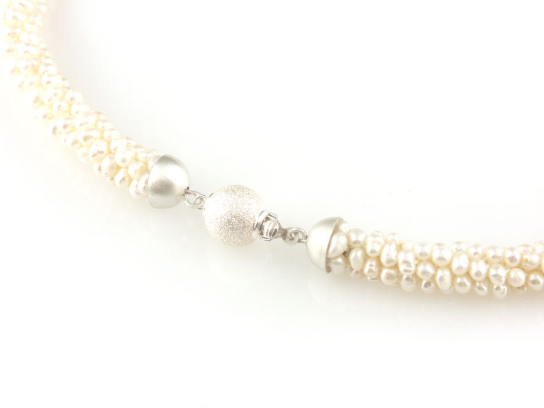 'Pearl Wonder' - Pearl necklace with silver ball clasp - product images  of