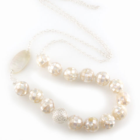'Pearl,Wonder',-,silver,necklace,with,round,ball,mother,of,pearls,and,silver jewellery, contemporary jewellery, necklace, mother of pearls necklace, round ball mother of pearls, silver ball