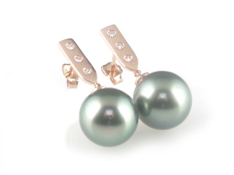 'Pearl Wonder' - rose gold bar earrings with black/peacock tahitian pearls and diamonds - product images  of