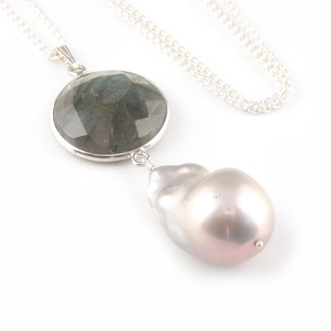 'Pearl,Wonder',-,labradorite,with,baroque,pearl,necklace,silver jewellery, contemporary jewellery, necklace, pendant, baroque pearl pendant, labradorite necklace