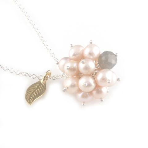 'Pearl,Wonder',-,pinky,pearl,cluster,silver,necklace,silver jewellery, contemporary jewellery, ring, pearl, pink colour pearl, cluster pearl pendant, labradorite