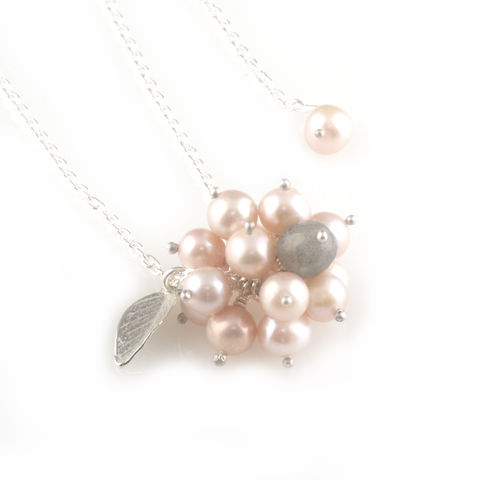 'Pearl,Wonder',-,pinky,pearl,cluster,necklace,with,silver,leaf,silver jewellery, contemporary jewellery, pearl necklace, pink colour pearl, cluster pearl pendant, labradorite