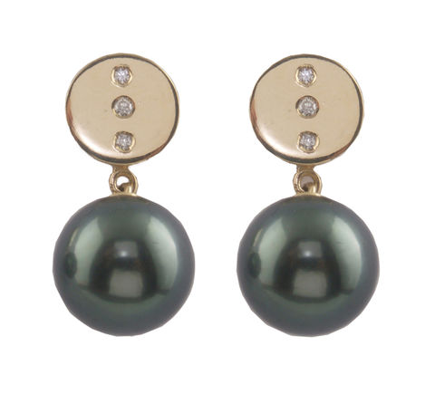 Bespoke,-,Yellow,gold,earrings,with,diamonds,and,Tahitian,pearls,bespoke jewellery, gold jewellery, contemporary jewellery, bridal jewellery, wedding, earrings, pearls, tahitian pearl earrings, tahitian pearl