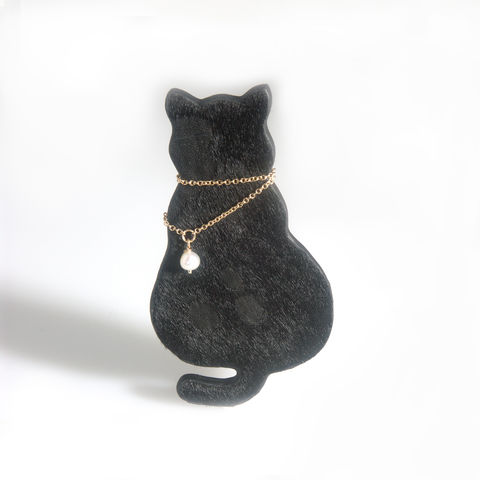 'Special,Offer',-,Black,leather,cat,brooch,with,gold,filled,chain,and,pearl,jewellery, contemporary jewellery, brooch, leather brooch, gold filled chain and brooch
