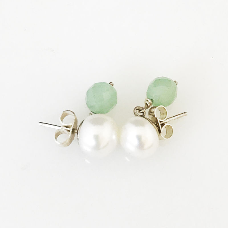 'Pearl Wonder' - pearl earrings with green quartz - product images  of