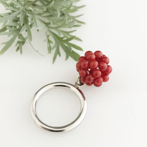 'Wearing,Nature',-,Silver,ring,with,the,cluster,of,coral,contemporary jewellery, ring, coral, gift, coral cluster, wearing nature, nature, summer outfits
