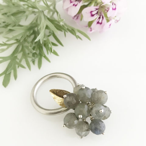'Wearing,Nature',-,Labradorite,cluster,ring,with,gold,leaf,silver jewellery, contemporary jewellery, ring, Labradorite cluster ring, handmade jewellery, labradorite
