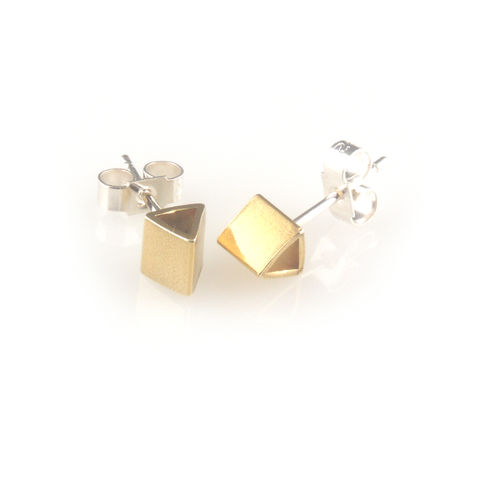 'Special,Offer',-,Gold,plated,silver,triangle,shape,ear,stud,silver jewellery, contemporary jewellery, earrings, silver ear studs, gold plated silver triangle ear studs, ear studs