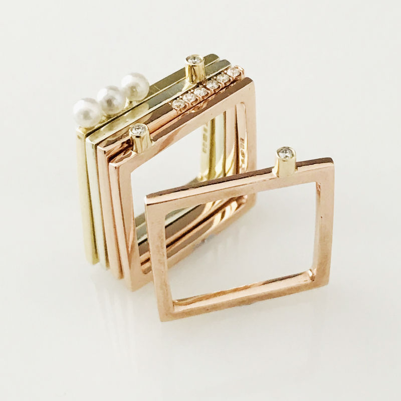 'Gem Amour' - square yellow gold ring with Akoya pearls - product images  of